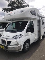 2015 Avan OVATION M5