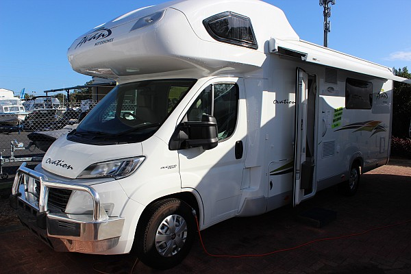 2017 Avan Ovation M9