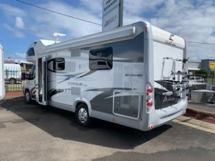 2019 Avan Ovation M6