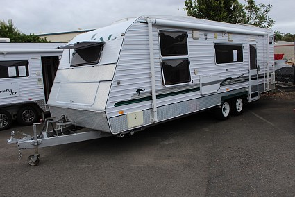 Caravan – Regal Super Cruiser